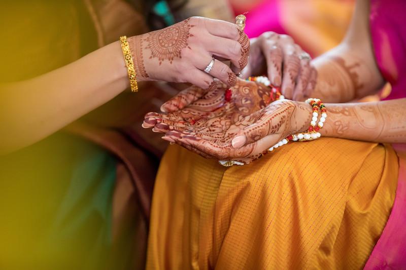 Hina_Pithi_Pooja-136.jpg