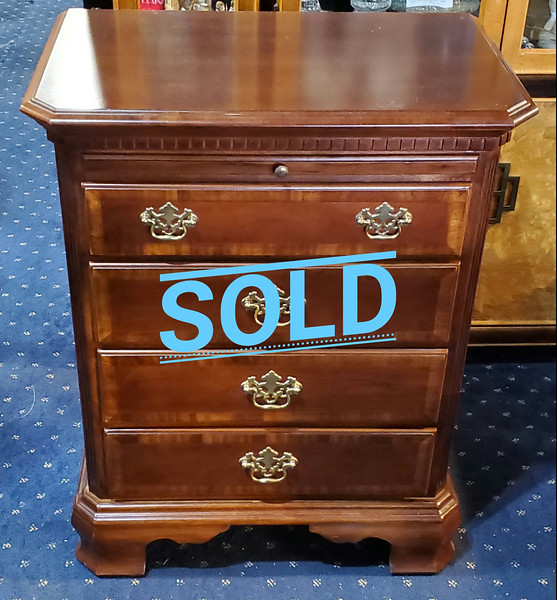 """""""Mini"""" Chest of Drawers"""