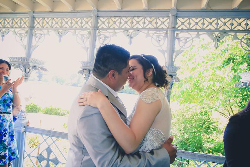 Henry & Marla - Central Park Wedding-108.jpg