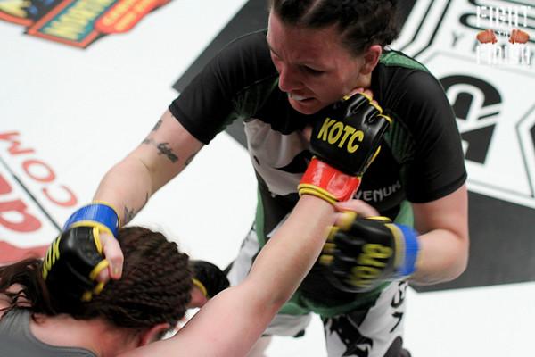 Raquel Leeper vs. Lindsey Lawrence