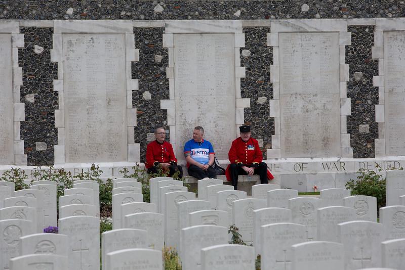 Ypres Tyne Cot Cemetery (97 of 123).jpg
