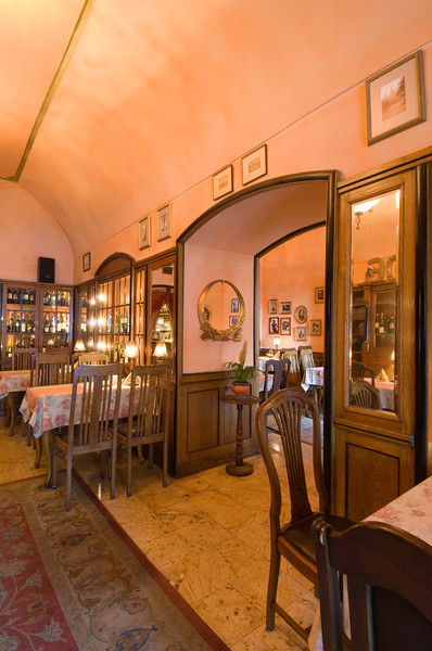 Poland, Cracow, Redolfi Restaurant on Rynek Glowny