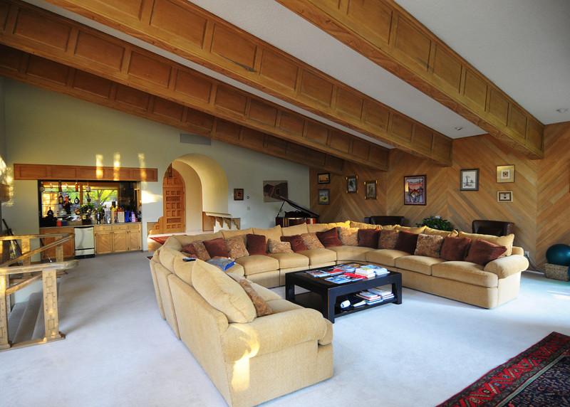 NEA_4120-7x5-Livingroom.jpg