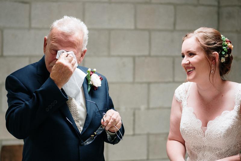 rustic_ohio__fall_barn_wedding-172.jpg
