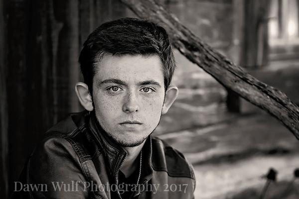 Logan | Senior
