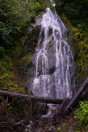 Waterfalls, Rivers, Lakes & Water