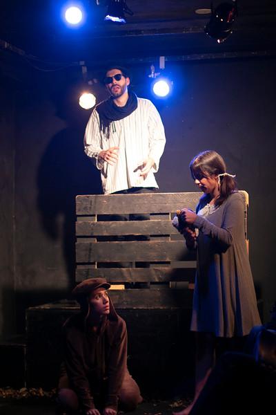 Allan Bravos - Fotografia de Teatro - Indac - Fronteiras-607.jpg