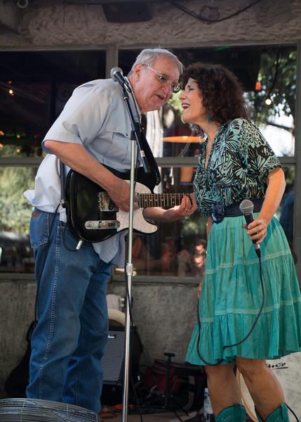 Paula_Lead_Guitar.jpg