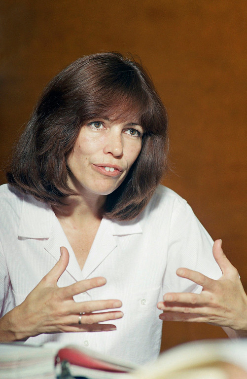 . Leslie Van Houten, gestures while answering a question posed to her by a member of the parole board at her parole hearing in Frontera, Calif., July 3, 1987.  Ms. Van Houten, a Charles Manson follower, lost her seventh bid for parole because of her role in the grisly Tate-LaBianca slayings. (AP Photo/Douglas C. Pizac)
