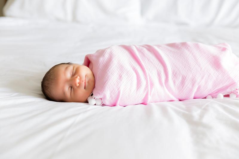 Mila Newborn-80.jpg