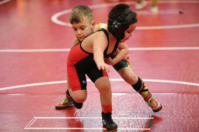 Little Guy Wrestling_4869.jpg