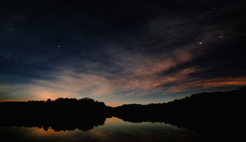pano_lake_at_night.jpg