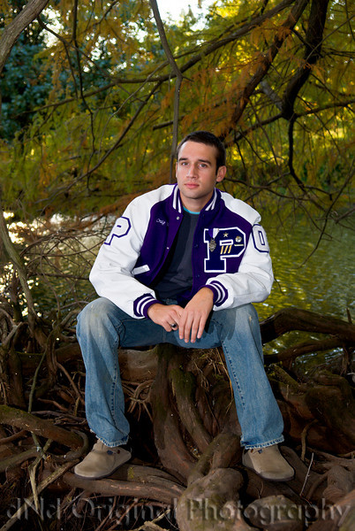 089 Craig White Senior Portraits darker.jpg