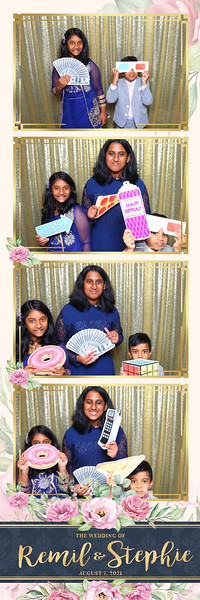 Alsolutely Fabulous Photo Booth 022035.jpg