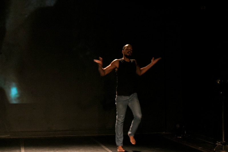 Allan Bravos - Lentes de Impacto - Teatro-643.jpg