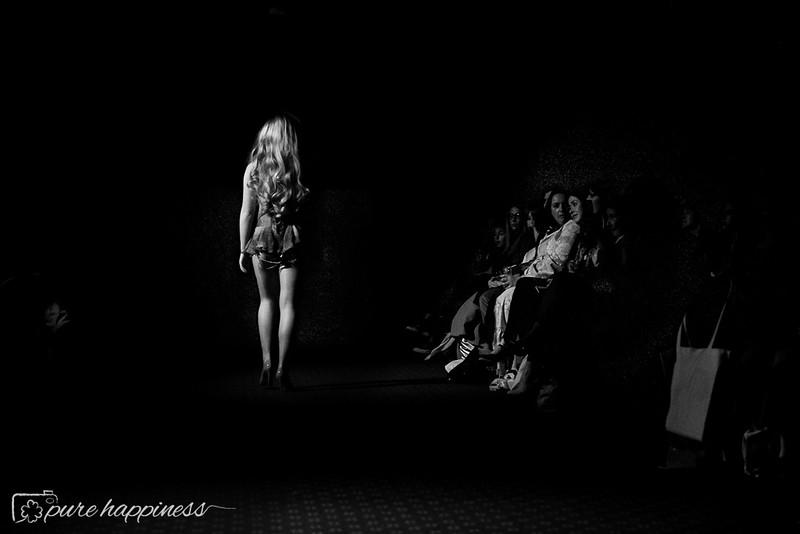 York Fashion Week 2019 - Scott Henshall Show (25 of 57).jpg