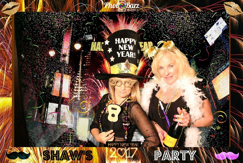 Shaws NYDay Party (98).jpg