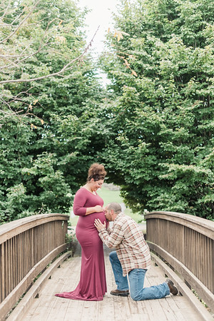 Mindy and Nick's Maternity Session at Hershey Founders Hall
