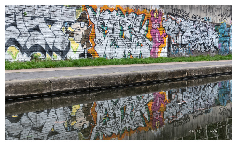 Clouseau And The Pink Panther On The Regent's Canal - London.jpg