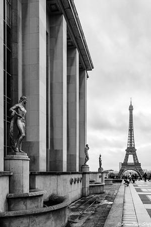 1- Trocadero, Eiffel Tower, Invalides (B&W)