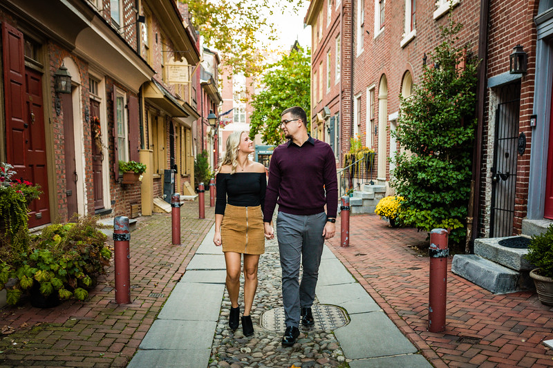 MICHELLE AND NICK - OLD CITY ENGAGEMENT SESSION - 27.jpg
