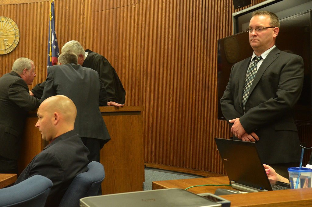 . Michael Allen Blair/MBlair@News-Herald.com Witness David Strunk, right, family friend of Kevin Knoefel provided very compelling testimony surrounding the days following the murder of Lisa Knoefel. Strunk was testifying on day Three of Knoefel\'s murder conspiracy trial in Lake County Common Pleas Court on  June 4, 2014.