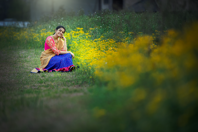 Ritika-with-texas-wild-flowers-during-spring-break.png