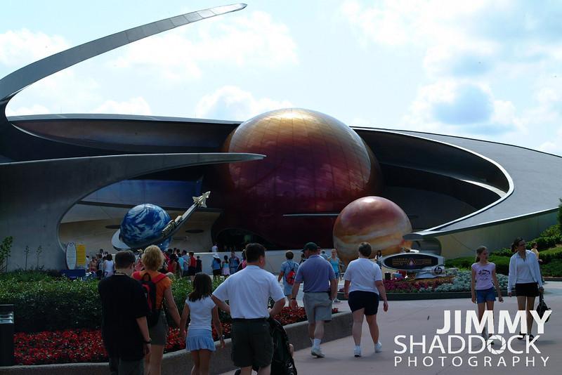Disney 2005 200.jpg