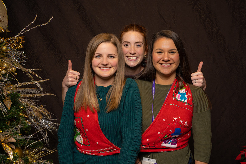 Resource Group Holiday Party 2019-00778.jpg