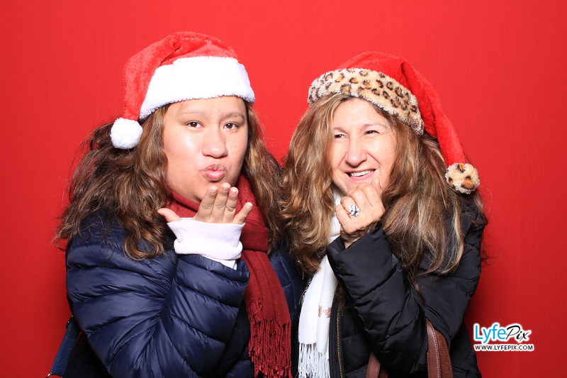 eastern-2018-holiday-party-sterling-virginia-photo-booth-1-68.jpg
