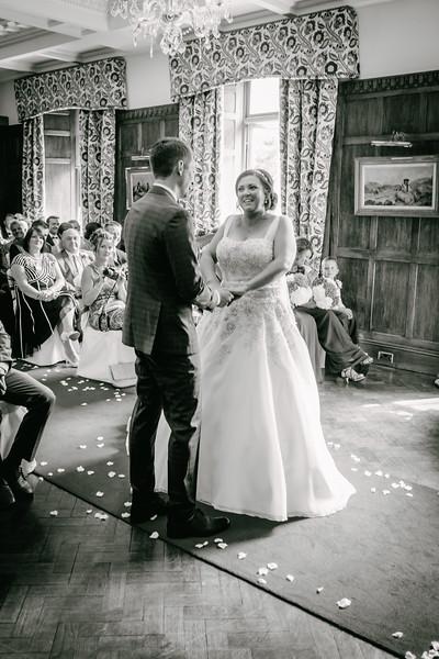 Cross Wedding-170.jpg