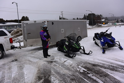 Snowmobiling in Canada 1-21-17