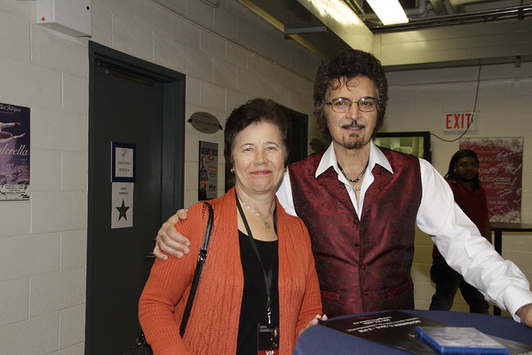 Gino Vannelli Canada Meet and Greet