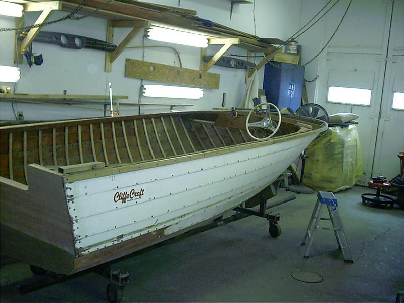 New starboard gunnel installed.