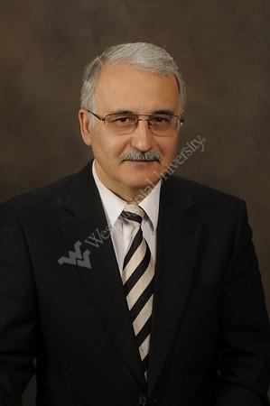 26017 - Studio Portrait - Majid Jaraiedi