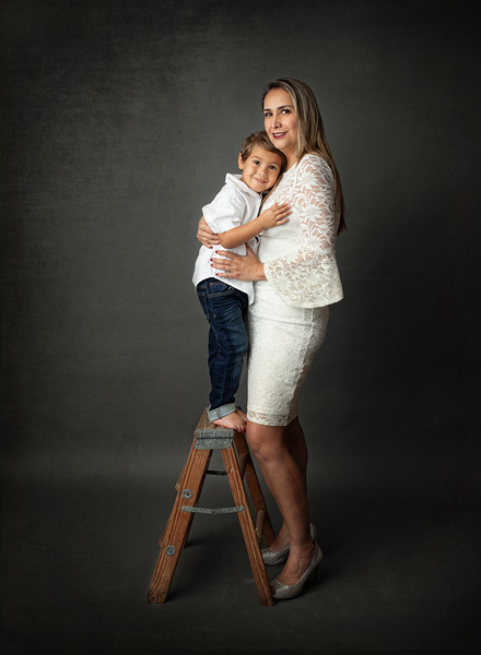 Ashton Mom Portrait 2.jpg