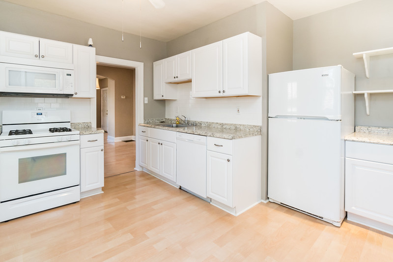 2723 Kildaire Dr (14 of 27).jpg