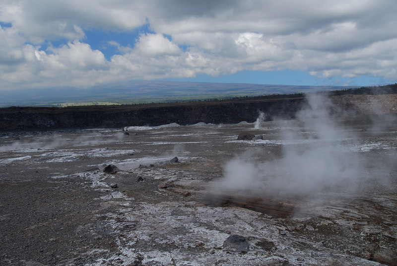 Steam vents near Halema'uma'u Crater.