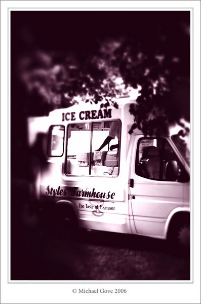 Ice cream anyone (69169021).jpg