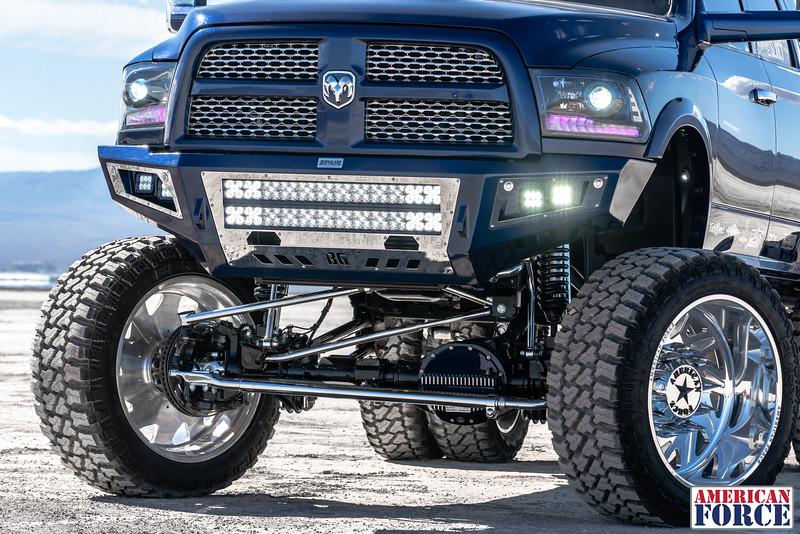 008-Truck-Wurx-Sebastian-Blue-2016-Dodge-3500-Dually-26-Psycho-SFSD-20171106.jpg