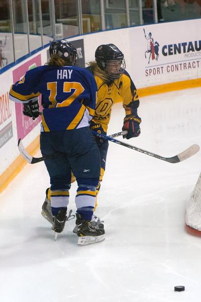 20130310 QWHockeyvsUBC 378.jpg