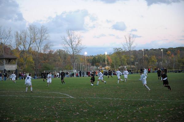 bchs boys var soc Winning Goal v Columbia 2010-10-21