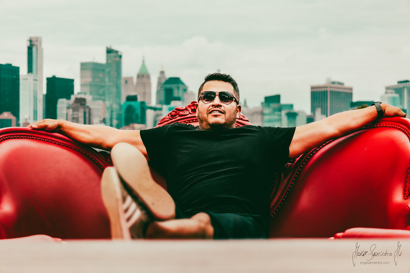 new-york-jorge-sarmiento-video-photography-nyc-gordito-red-couch-3.jpg