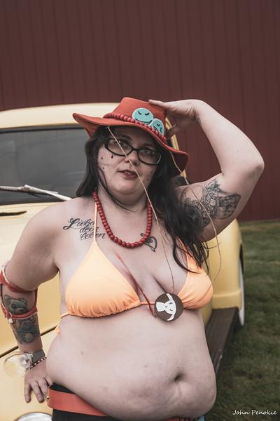 Event: Monsters Model Motars (MMM) 2019 Model: Sam Gerrits -  Llamalicious Cosplay Hair: Self MUA: Self SFX MUA:  Photographer: John Penokie / EyeOnYouPhotos.com  Car Year: 1931 Make: Model A Sedan Model: Ford Owner: Brad Johnson