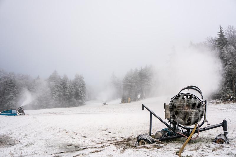 Snowmaking-03368.jpg