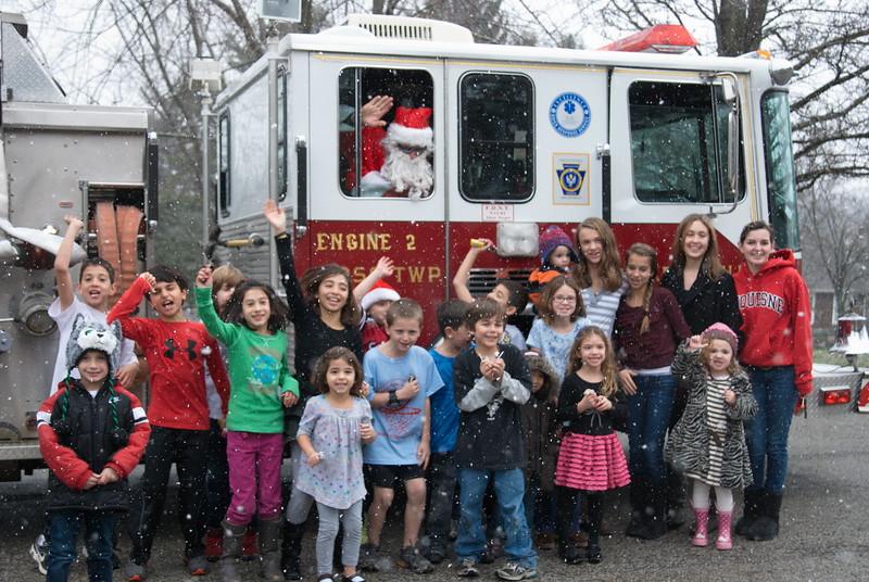 2011-12-18-Christmas-Pageant_098.jpg