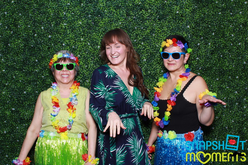 03-30-2019 - Karen and Natasha's Aloha 40th Birthday Bash_005.JPG