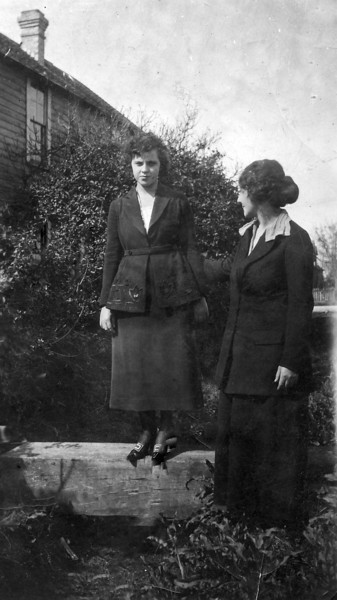 Laura and Margaret Wilcox Nelson Bay City TX Aug 1920.jpg