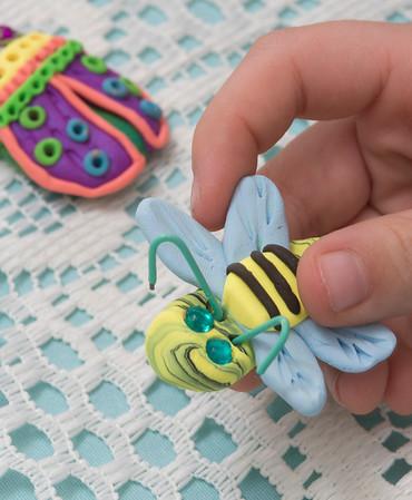 712 Glitter Bugs