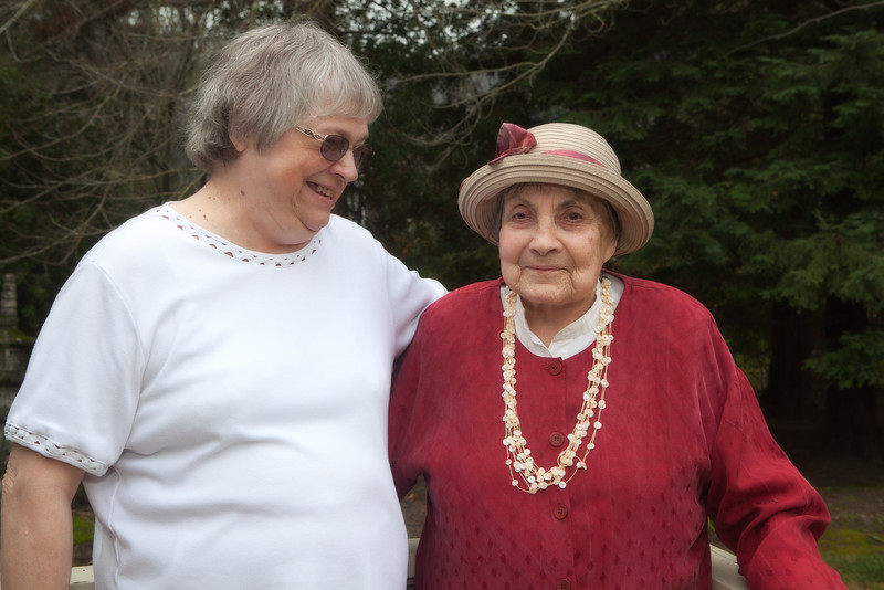 Cindy Bishop and Mom-8770-Edit